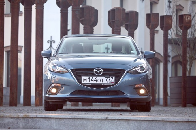 Первый тест-драйв Mazda3 1.5 6MT