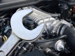 desheviy-avtomobil-remont