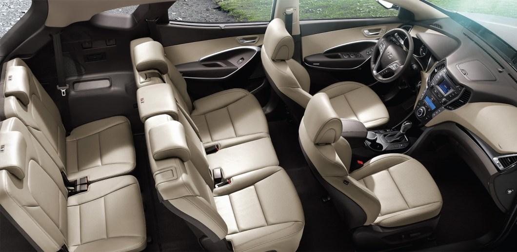 Hyundai Santa Fe - просторный салон для семи человек