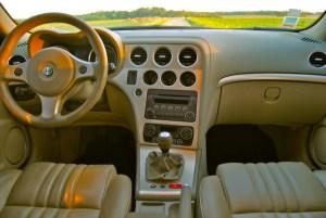 tehnicheskie-harakteristiki-Alfa-Romeo-159-600x401