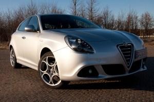 test-drajv-hetchbjek-Alfa-Romeo-Giulietta-1-600x398