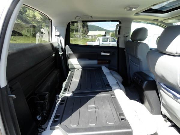 Задние кресла Toyota Tundra