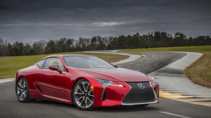 Lexus потеряет рекорд в Женеве