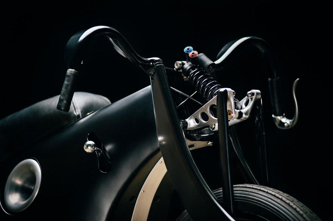 Выставочный ретро-байк BMW Landspeeder