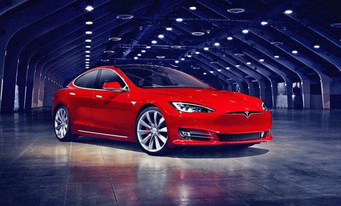 Tesla увеличивает время зарядки!