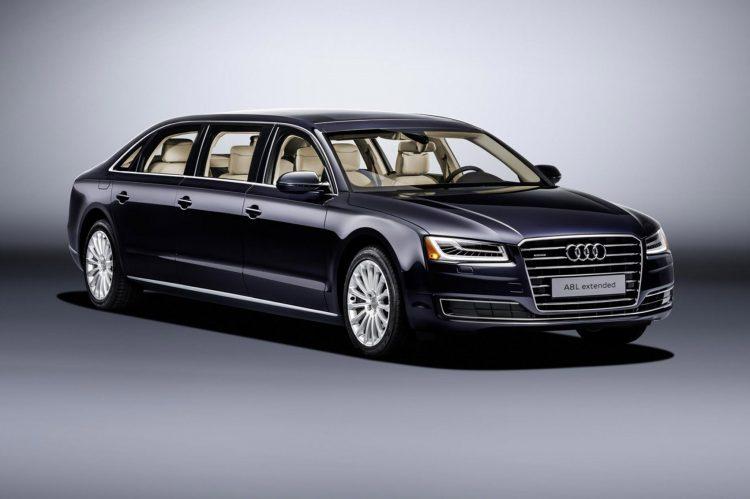 Шестидверная Audi A8 L Extended - министерское маршрутное такси