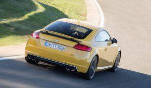 2016-Audi-TTS-217-876x535-750x436