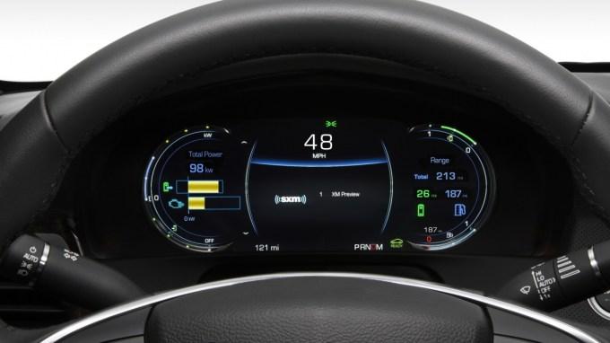2017-Cadillac-CT6-Plug-In-Hybrid-035.jpg