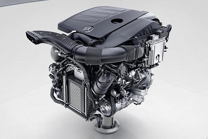 На моторе М264 (бензиновый, 4-цилиндровый) мотор-генератор уже ременный (см.картинку выше); работает со старта до 2500 об./мин.