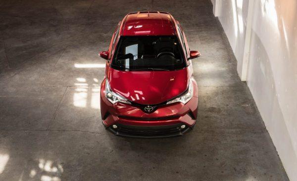 Комплектации и цены Тойота C-HR