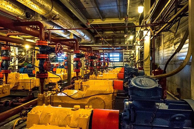 Пущенная в 1986 г. УКПГ-2 – старейшее из ныне действующих предприятий в Ямбурге. В 2015-м здесь отметили добычу 5 трлн. м3 газа