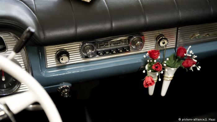 Салон автомобиля Опель в 60-е годы