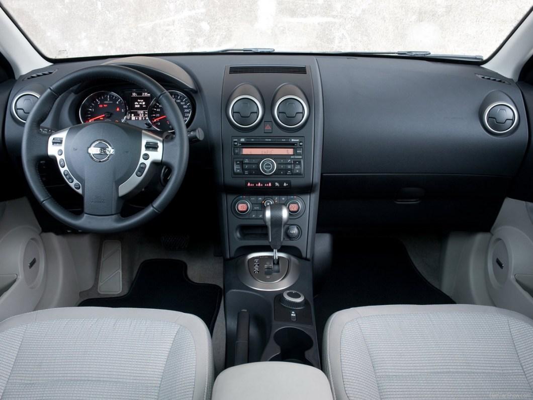 Nissan-Qashqai-2007-1600-1d_1.jpg