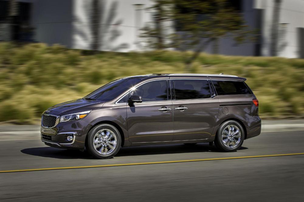 Услуги проката авто минивен в Москве по доступным ценам от Elite car