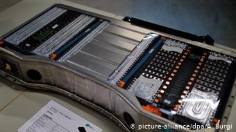 Аккумуляторная батарея для электромобилей компании Daimler