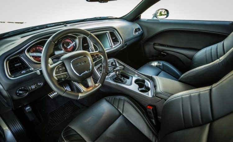 Новый Dodge Challenger 2016-2017 года