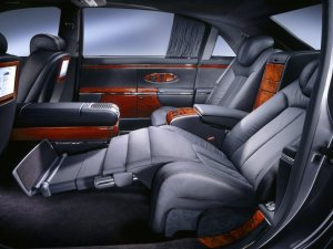 reclined_seat-Maybach-Landaulet
