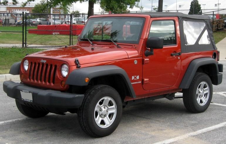 Jeep_Wrangler_X_--_10-06-2010
