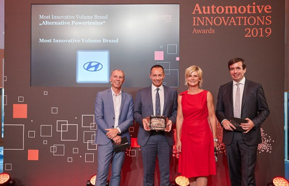 Hyundai Motor Company earns two awards for innovation from Center of Automotive Management and PricewaterhouseCoopers in Germany