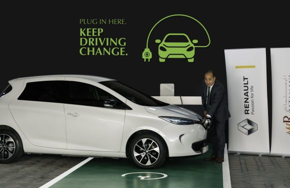 Arabian Automobiles Renault Contributes to a Greener Dubai by Installing Electric Vehicle Charging Station