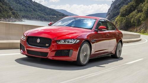 В следующем году модели Ягуар XE, XF и F-Pace получат новые двигатели.