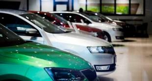 Продажи новых машин опять выросли.