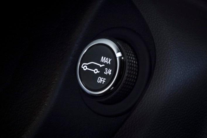 Регулятор подъема крышки багажника Opel Insignia Country Tourer турбодизель 4x4.