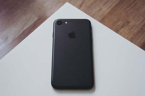 Как переместить фотографии в альбом на iPhone 7