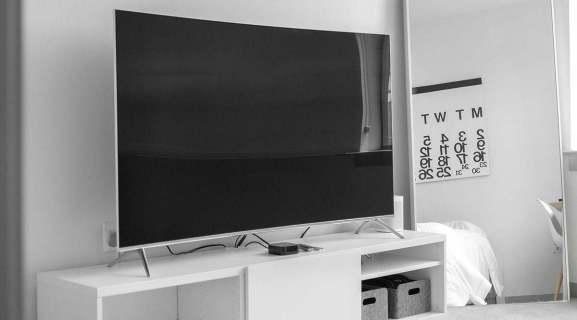 Как включить телевизор Samsung с Alexa