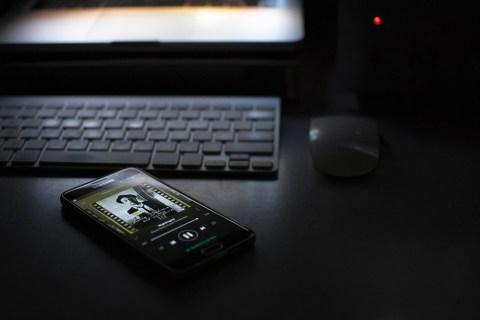 Как сохранить фотографии Galaxy S5 на свой ноутбук