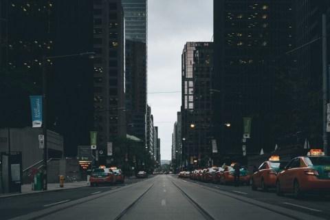 В чем разница между UberXL и UberSUV