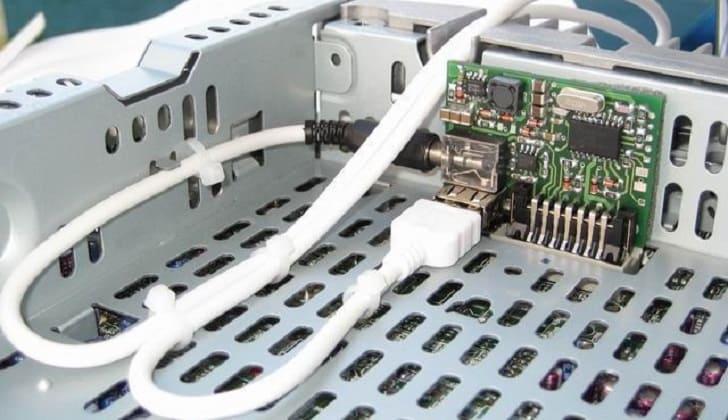 Πώς μπορώ να συνδέσω καλώδια βραχυκυκλωτήρα στο αυτοκίνητό μου που χρονολογούνται στη Σαουδική Αραβία