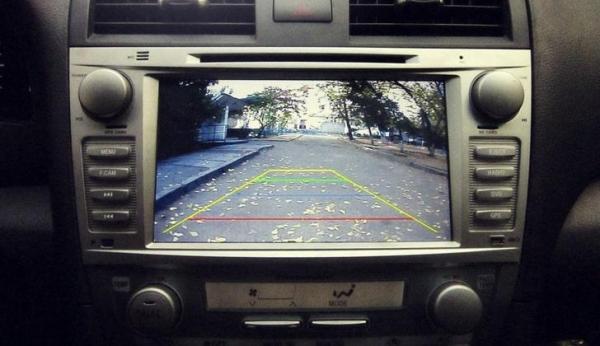 Камера заднего вида на авто: зеркальная или нет, для ...