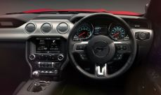 ford-mustang-cabin