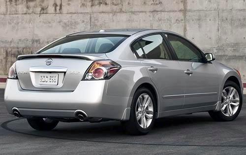 2012 Nissan Altima - rear view