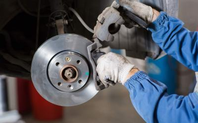 Brake Pad Replacement Cost – Pros, Cons & More!