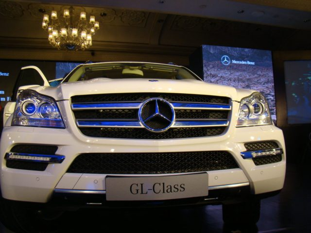 new benchmark in luxurious motoring