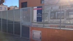 Foto de acceso al edificio donde se encuetra Autrade.