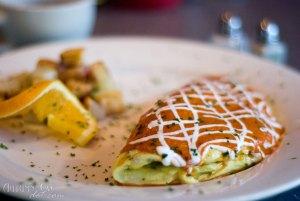 Over Easy Café: Acelga Picosa Omelet