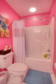 Full bath 1b