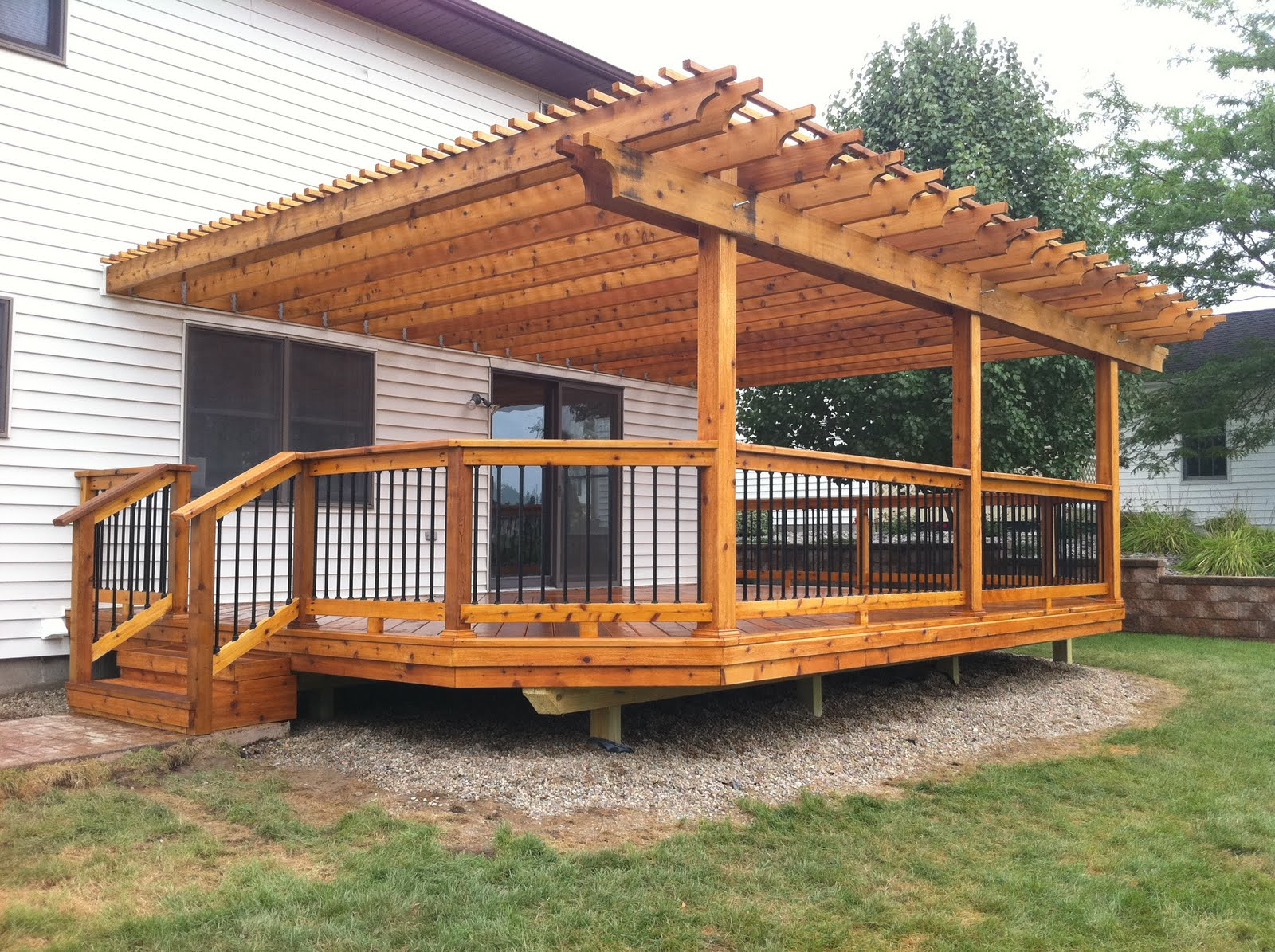 cedar wood decks in michigan | Autumnwoodconstruction's Blog on Backyard Wood Patio Ideas id=63863