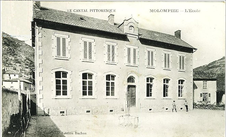Le Cantal Historique - Molompize l'école en 1900