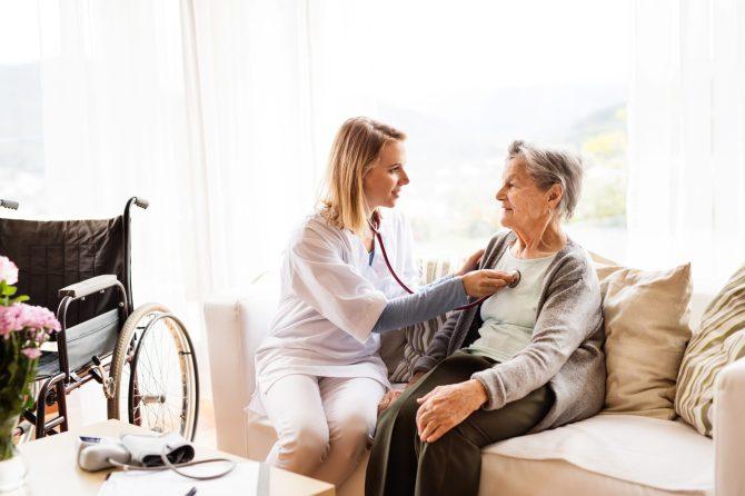 Home Health Care: A Good Alternative to Nursing Homes