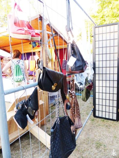 Der Marktplatz voller schöner Sachen auf dem Stereowald 2015