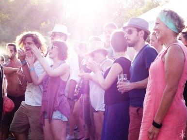 Schöne Menschen auf dem Stereowald