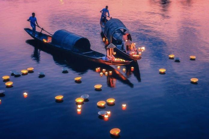 Nhu Y River boats