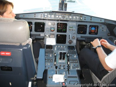 Flight Deck of the Airbus A319 (Air Canada)