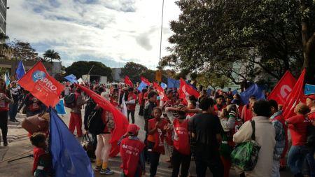 Manifestação MEC 06