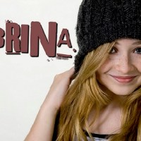 A.V.A LIVE features YouTube Pop Star Sabrina Carpenter