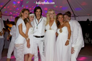 Shino_bay_white_party_ava_live_radio_7